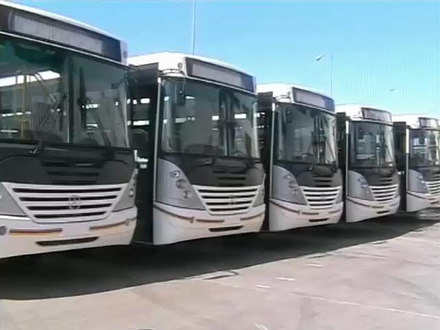 Des nouveaux bus à Kinshasa.